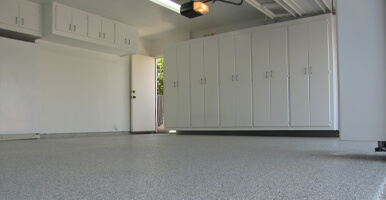 flake epoxy flooring
